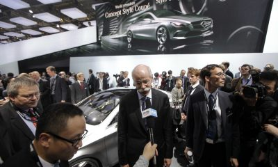 Automaker Daimler AG to pay .5 billion to settle emissions cheating probes